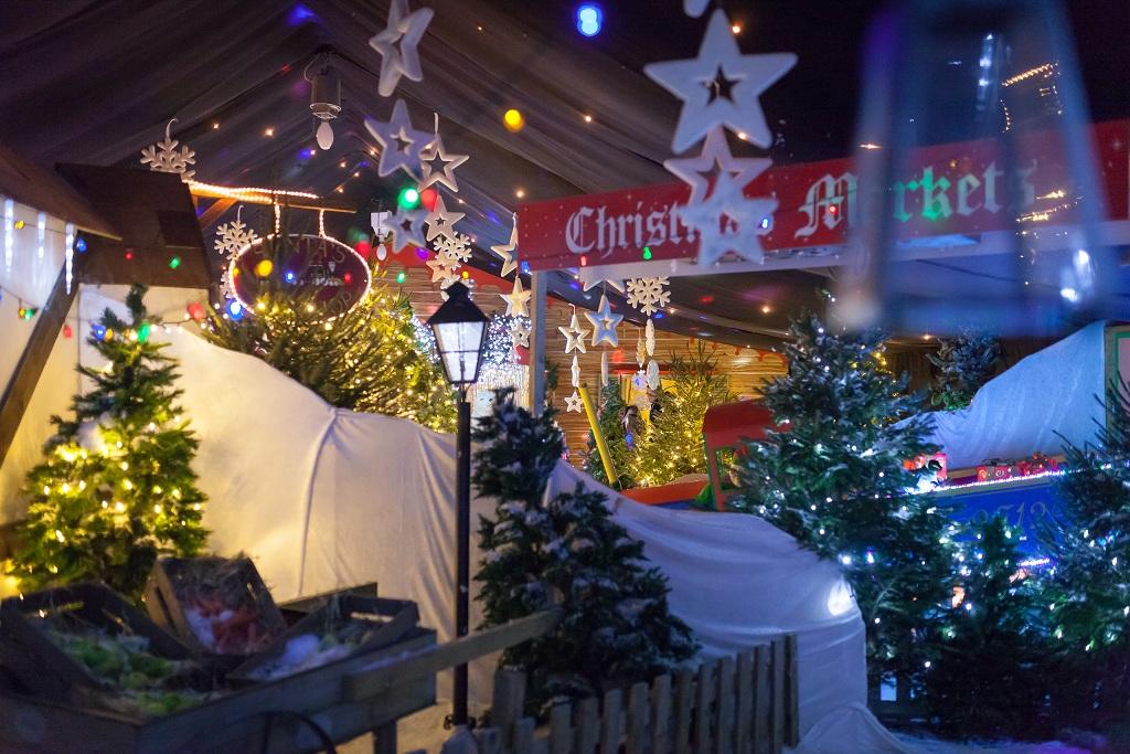 Christmas markets at Hatton.jpg © marketingaloud.co.uk
