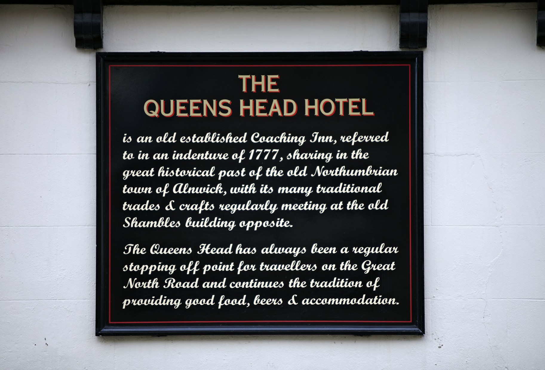 Notice on the Queen's head Alnwick ©www.visitnorthumberland.com