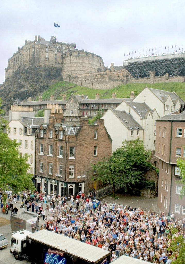 Edinburgh Grassmarket ©This is Edinburgh