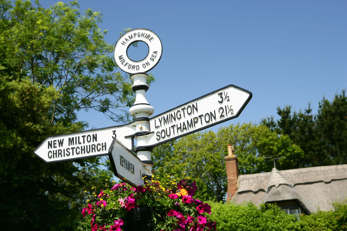 Signpost between Milford and Lymington © New Forest Destination Partnership.jpg