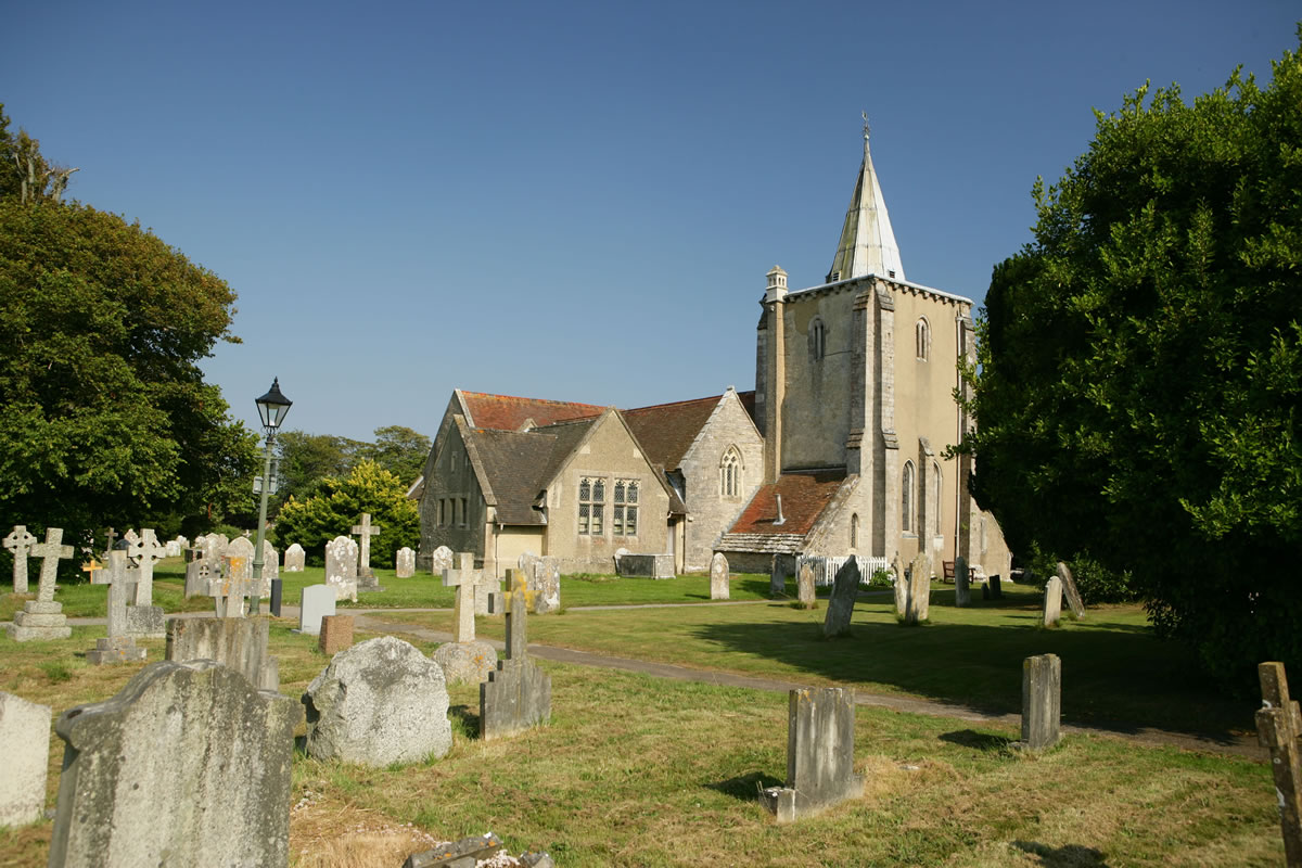 Milford-on-Sea All Saints Church © New Forest Destination Partnership