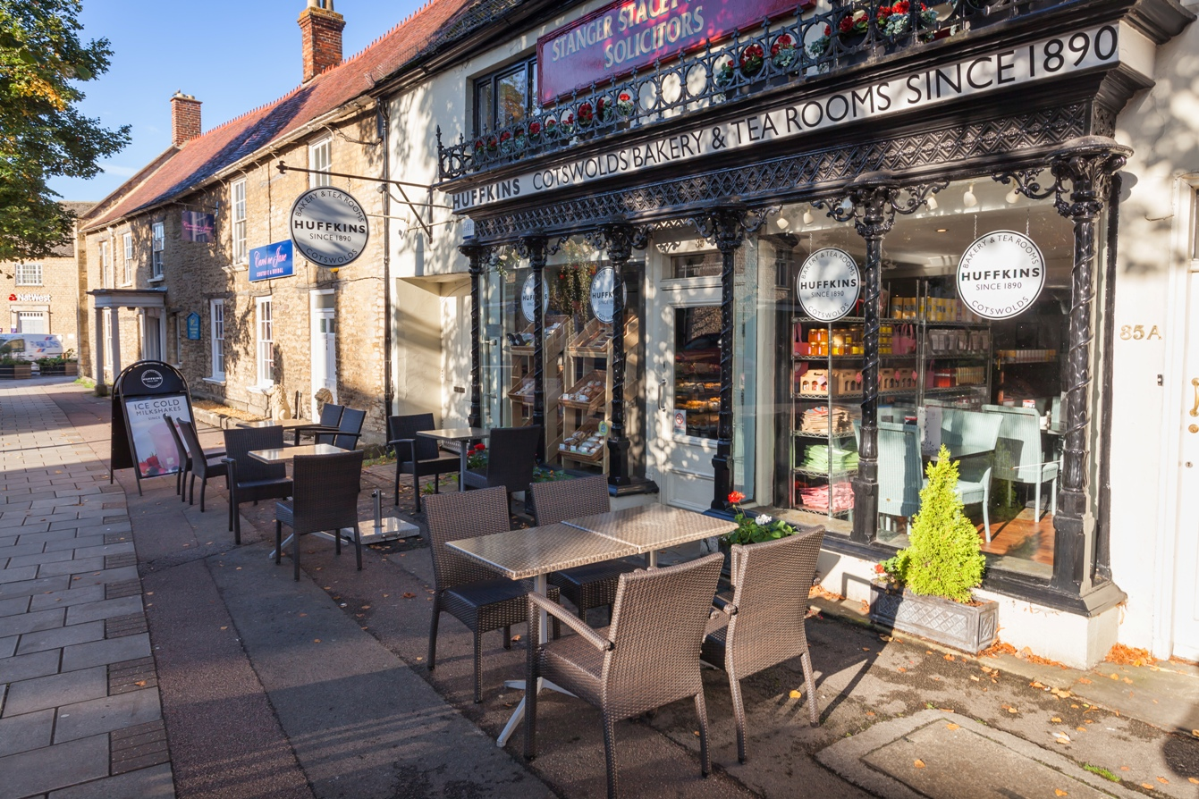 Witney Huffkins tea rooms © The Cotswolds