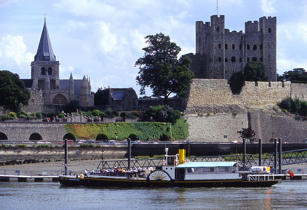 Catheral and Castle from the river© Visit Britain and Visit Kent