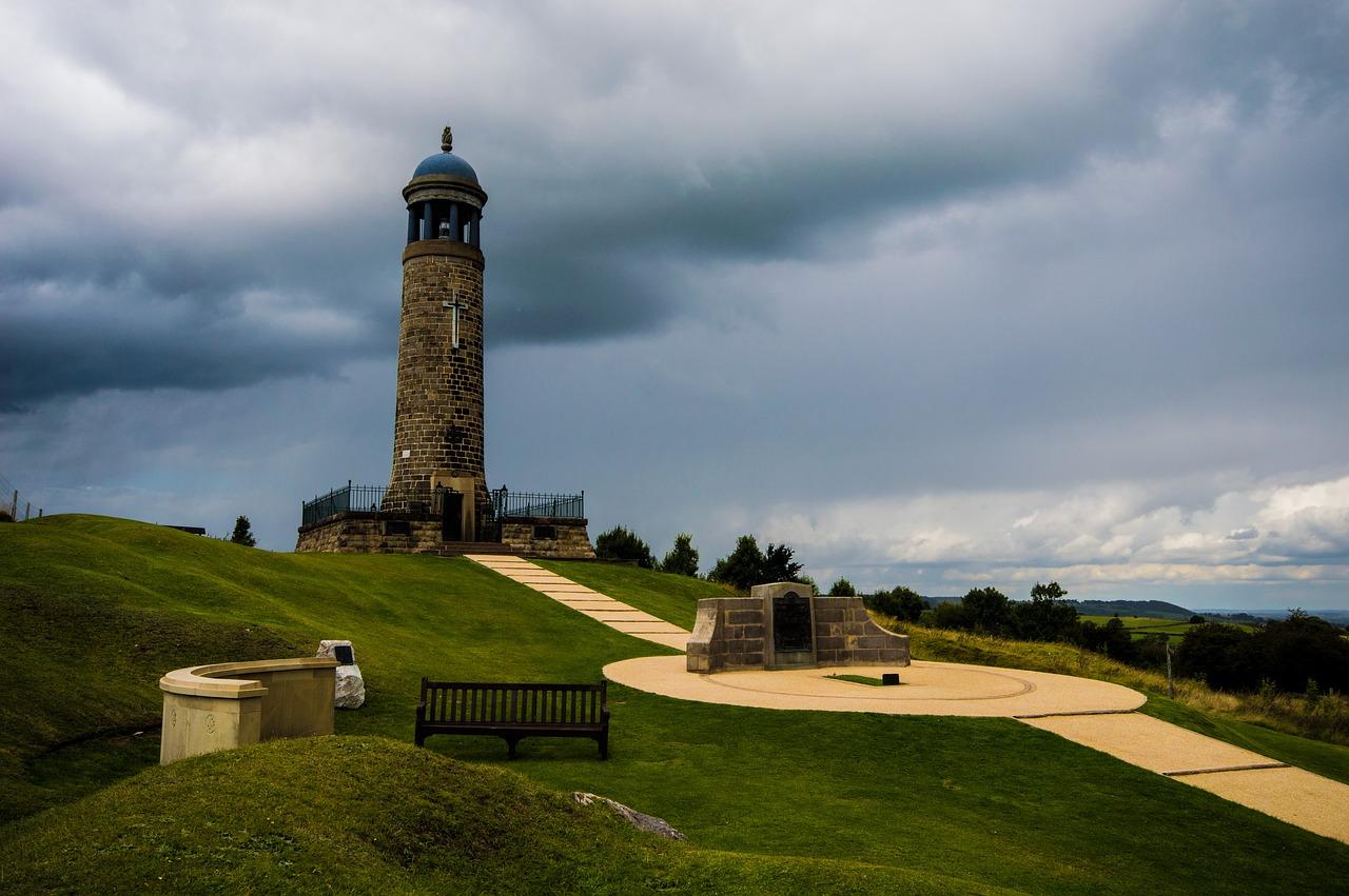 Crich Derbyshire by wakeyfan on pixabay