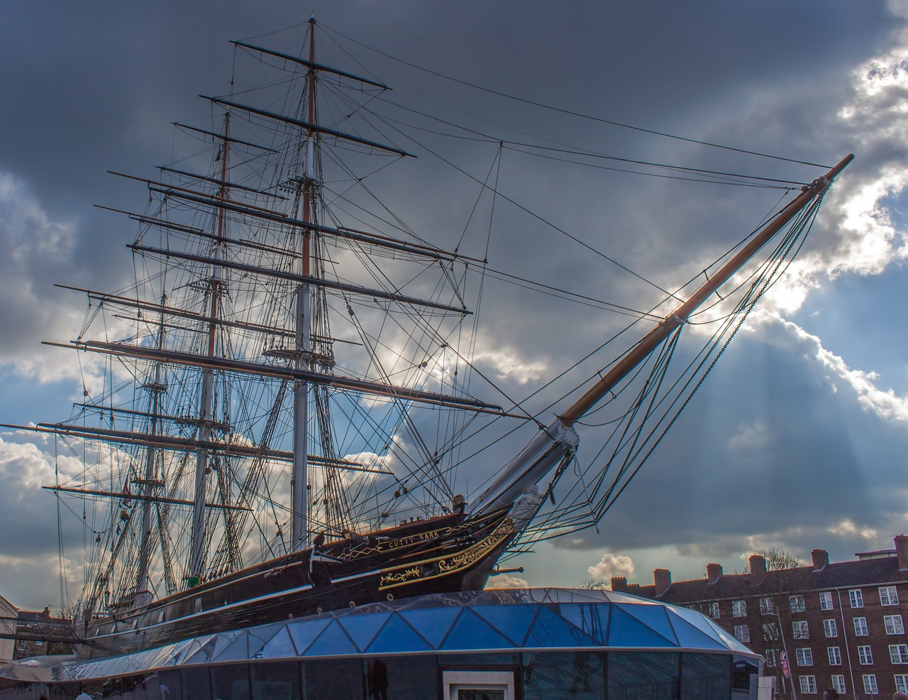 Cutty Sark by jeffwallis on Pixabay