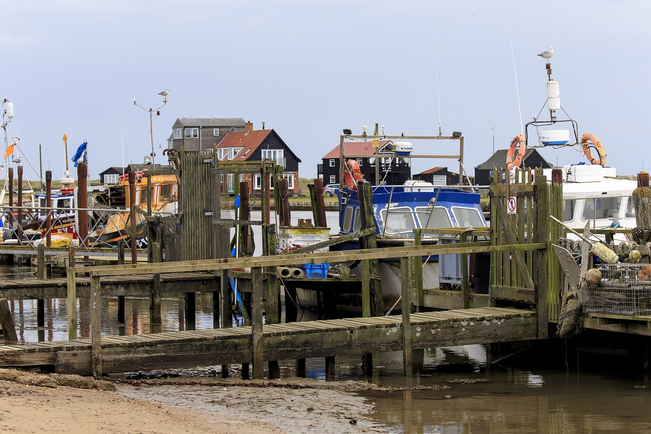 fishing boats, Southwold harbour by Ron Porter on Pixabay