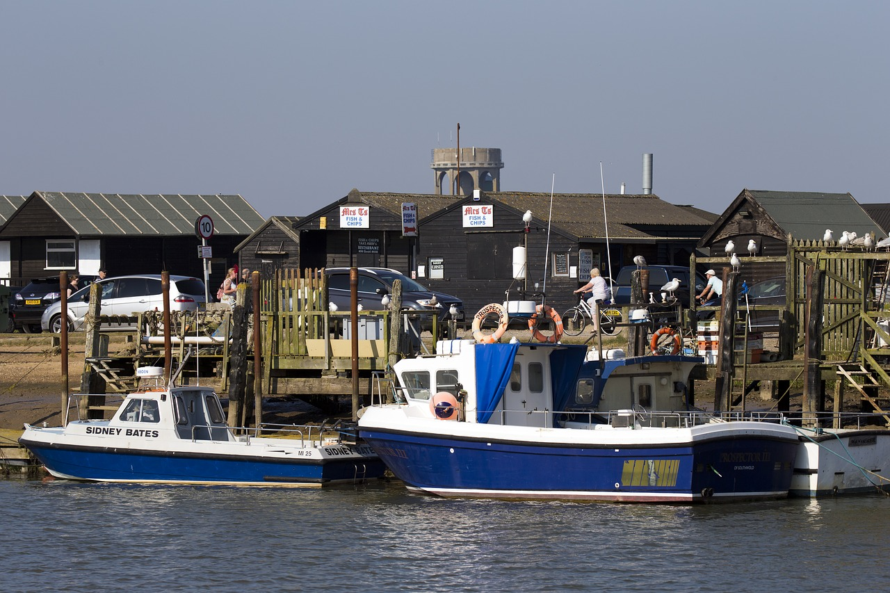 Southwold harbour by RonPorter on Pixabay