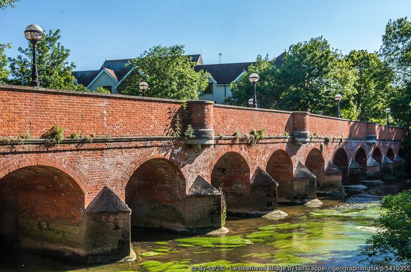 Town Bridge, Leatherhead, River Mole